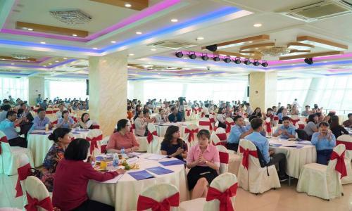 """WeCreate Việt Nam tổ chức hội thảo """"Xây dựng Doanh nghiệp"""" tại Cần Thơ"""